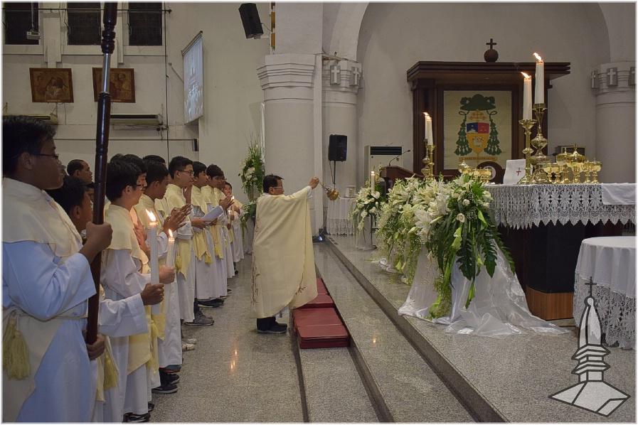 Foto Kamis Putih Ii Gereja Santa Perawan Maria Ratu Rosario Suci Randusari Katedral Semarang